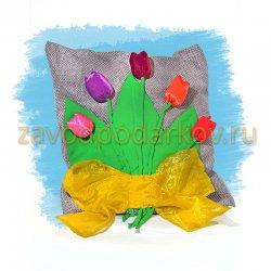 """Подушка """"Букет тюльпанов"""""""